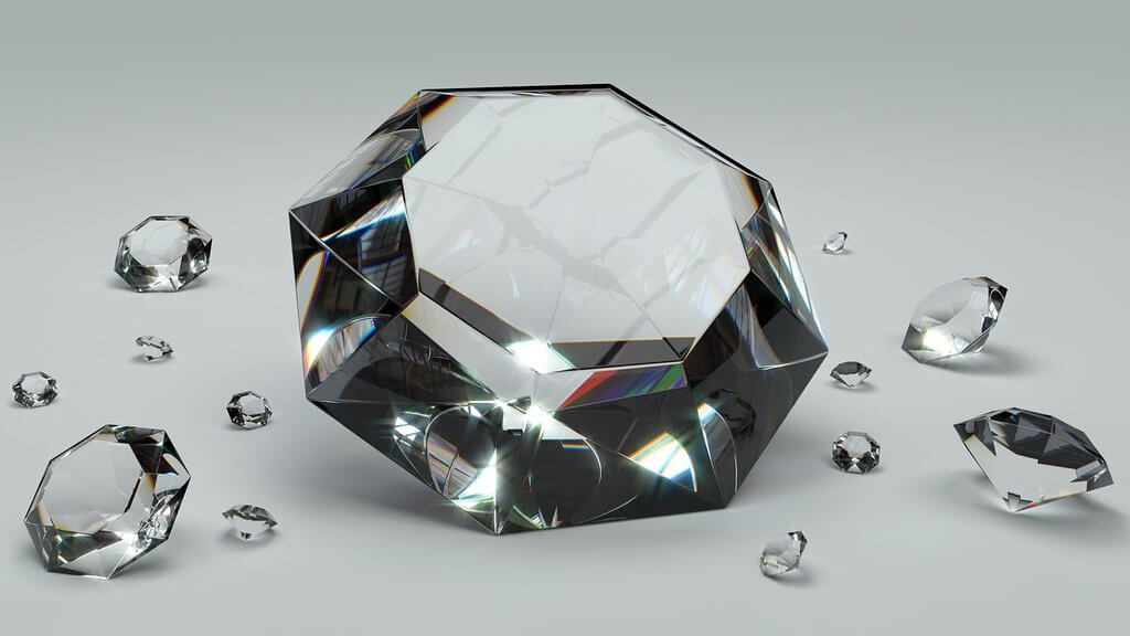 Difference between real diamonds and American diamonds