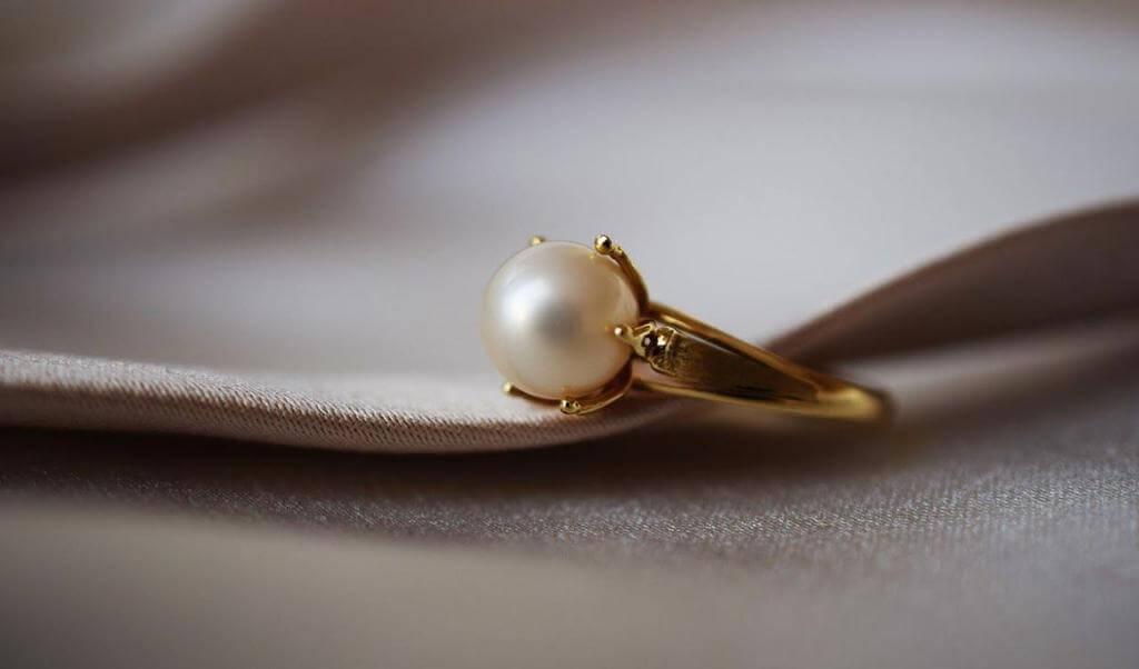 Pearls in Jewellery Design